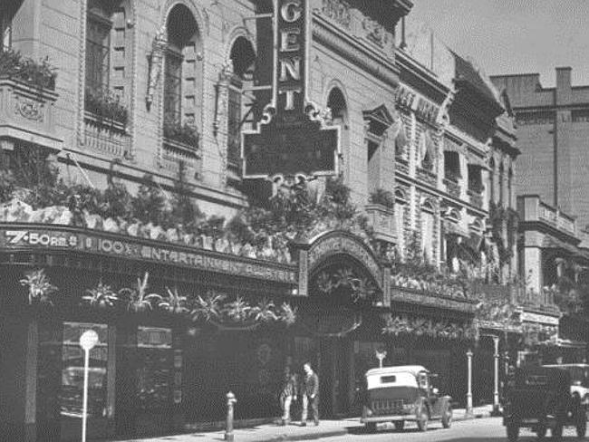The Regent Theatre in the 1940s. In 1968 it became part of an arcade complex. The theatre closed in 2004. Photo: MRC Productions.