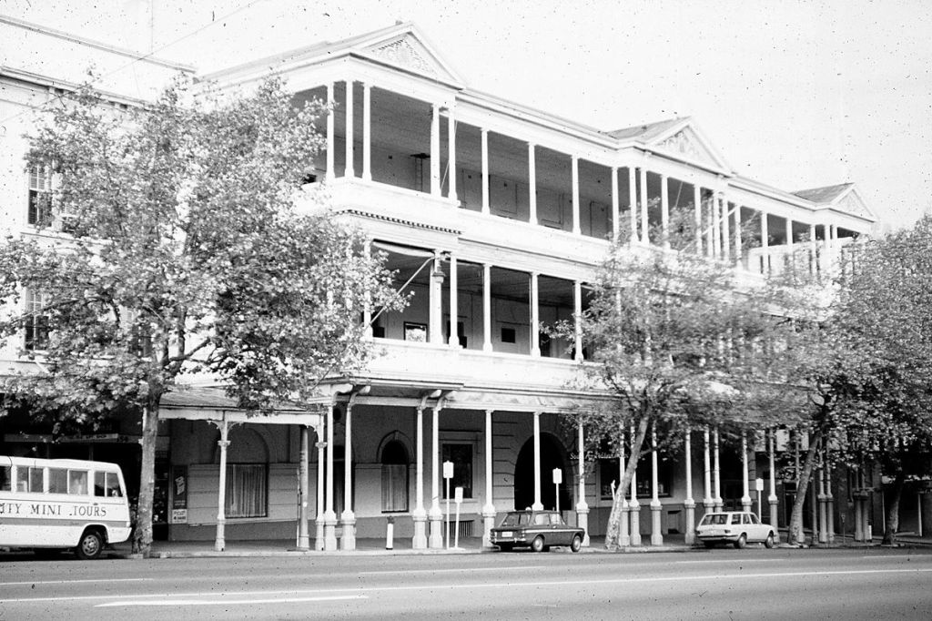 Photo courtesy Frank Hall. The South Australian Hotel, just before it was demolished in