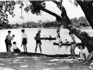 The Torrens was popular as a place to have a swim on a hot summer's day.