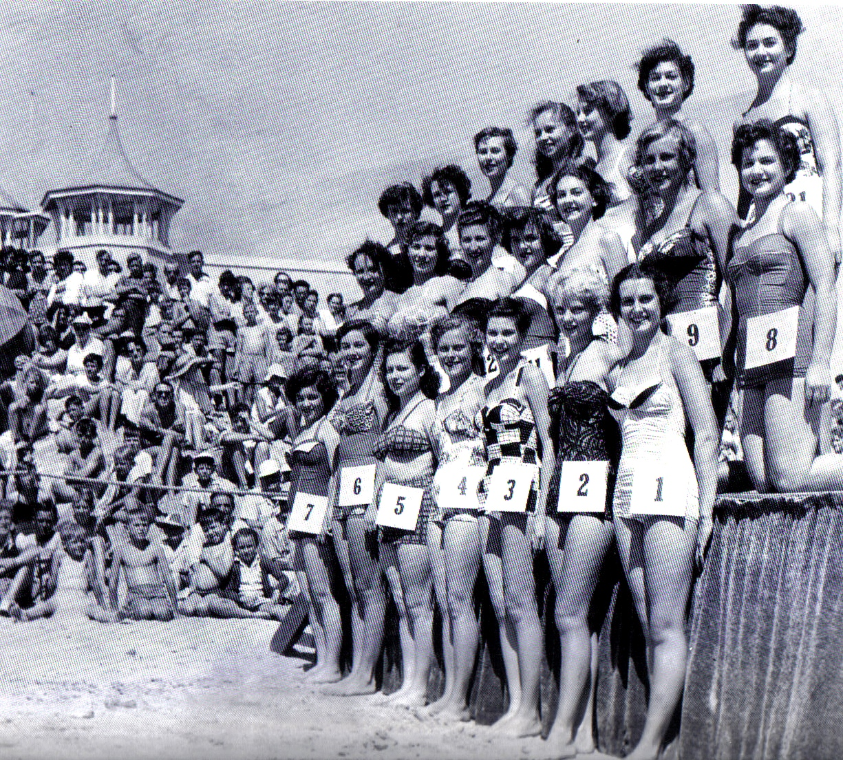 The  Semaphore Beach Girl Quest taken in 1954