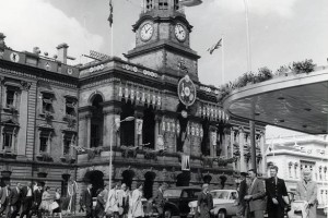 Photo from State Library of SA. Whenever we went to town in the 50s and 60s it was always in our Sunday best.